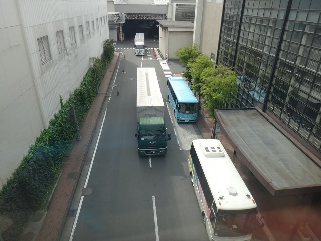 工場下バス
